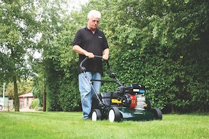 Scarifier in use
