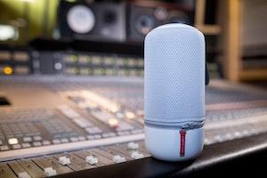 Libratone sigma zipp speaker