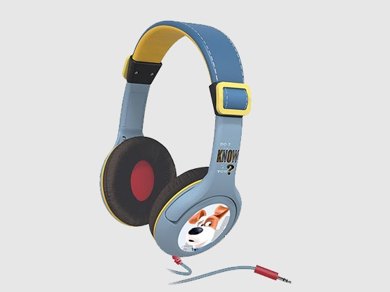 Secretlifeofpets headphones animaltales prize