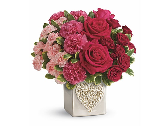 Teleflora swirling hearts bouquet giveaway