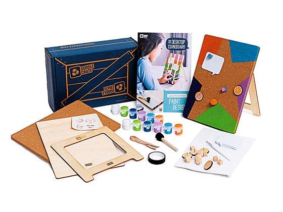 J14 Decorate: Cork Board kit sweepstakes
