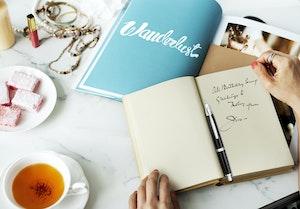 Capless blacksilver in book handwritten 2