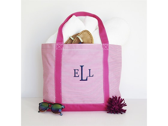 KraftyChix Monogrammed Summer Stylish Tote sweepstakes