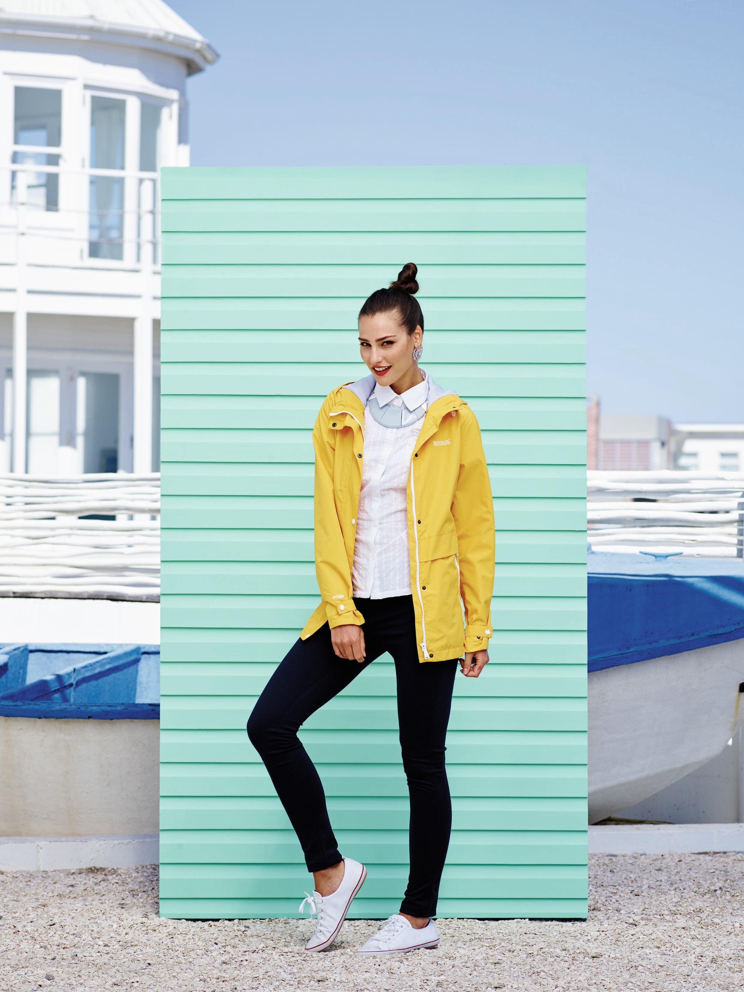 High res beach fashion womans 4