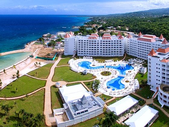 Luxury Bahia Principe Runaway Bay Trip Giveaway sweepstakes