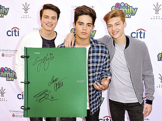 Forever in Your Mind's Signed Notebook sweepstakes