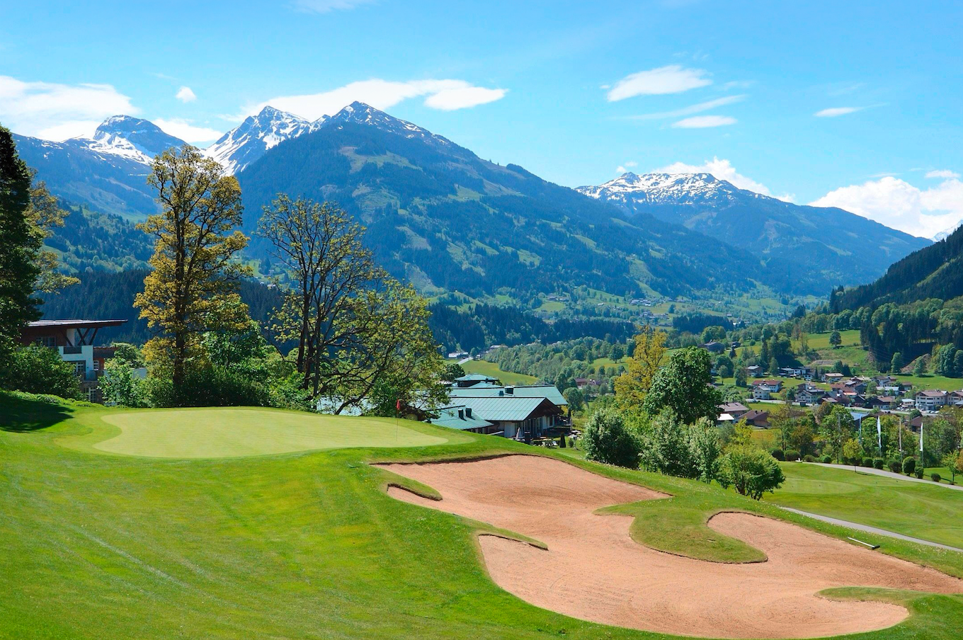 WIN an awesome Alpine Golf Break sweepstakes