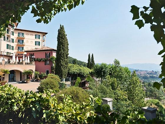 Renaissance tuscany trip giveaway 1