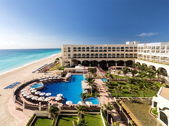 Stay at Marriott Cancun Resort sweepstakes