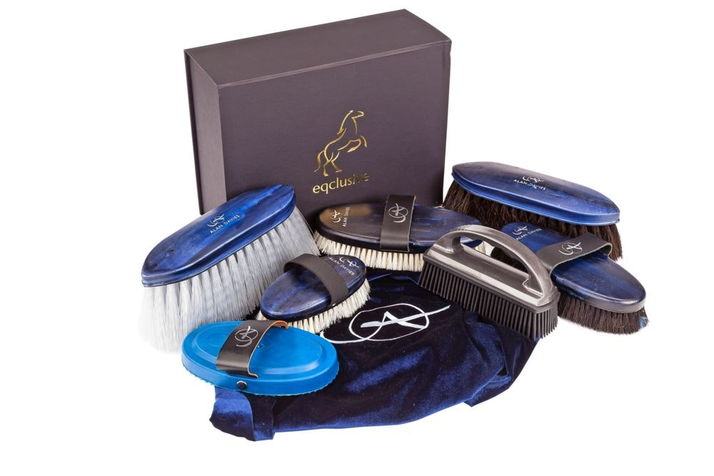 Alan davies grooming kit preview