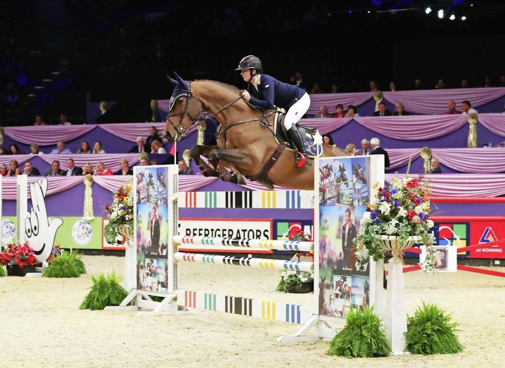 Showjumping at hoys preview