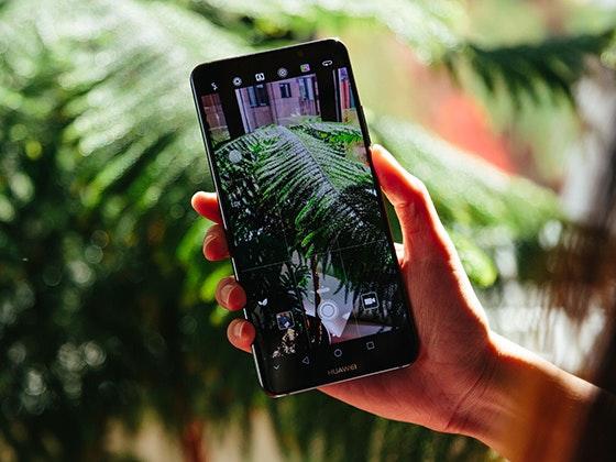 Huawei smartphone giveaway 1