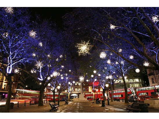 Open Top Vintage Bus Tour of London's Christmas Lights sweepstakes