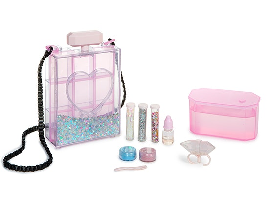 Glam Goo Deluxe Pack! sweepstakes