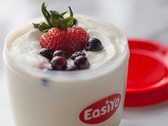 EasiYo Starter Pack and new Greek Style Yogurt flavours sweepstakes