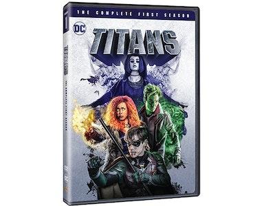 Titans: Season 1 sweepstakes