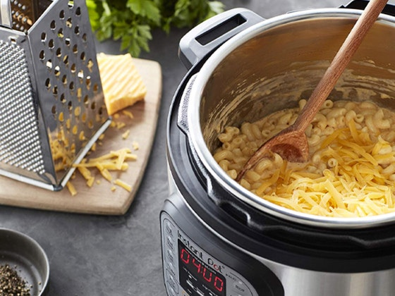 8 Quart Instant Pot sweepstakes