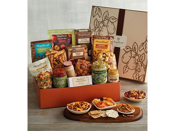 Harry and David - Deluxe Party Snack Box! sweepstakes