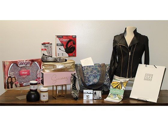 Home for The Holidays Gift Bag from Backstage Creations!  sweepstakes