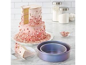 Cake pan giveaway