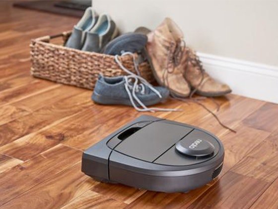 Neato D4 Robot Vacuum!   sweepstakes