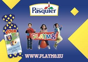 Playm8 pasquier main jpg