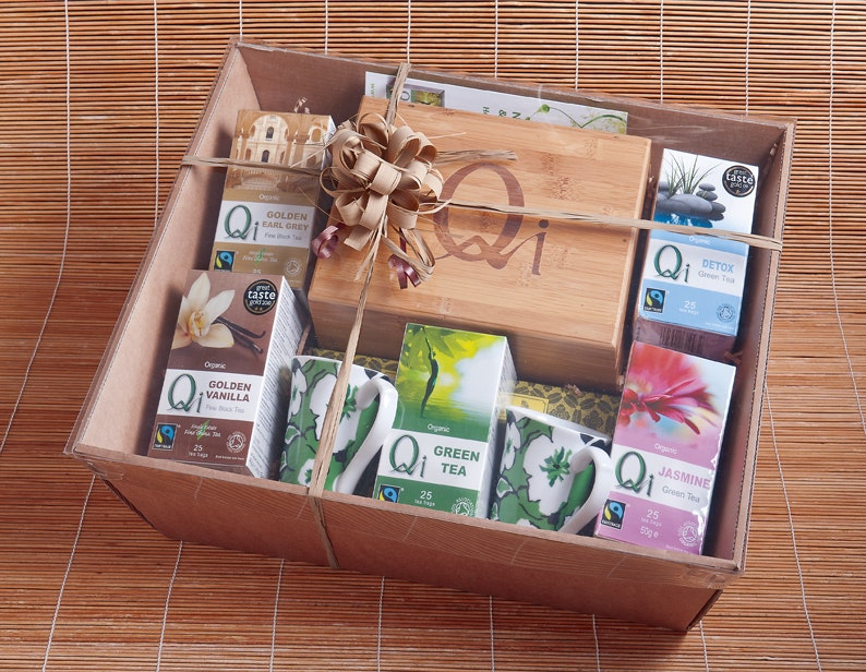 Low res hamper on bamboo