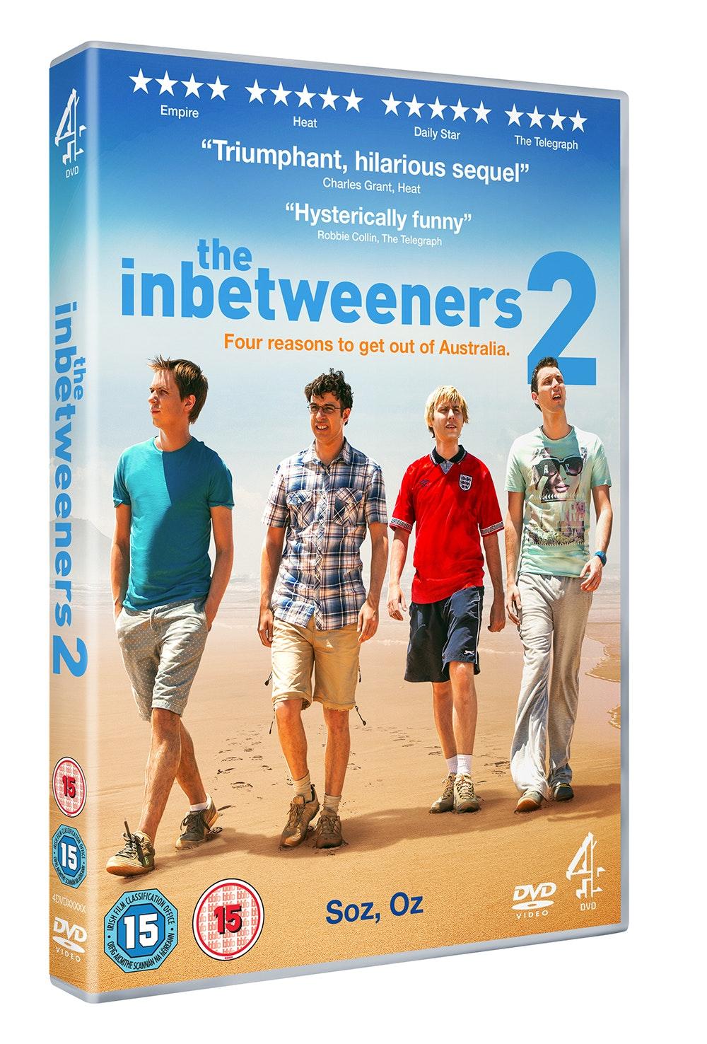 Inbetweeners2 dvd 3d holding