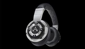 A audio headphones sm
