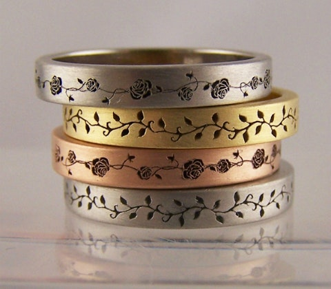Bozboz ring laser engraved rose vine rings 480x420px