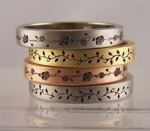 Bozboz ring laser engraved rose vine rings 480x420px
