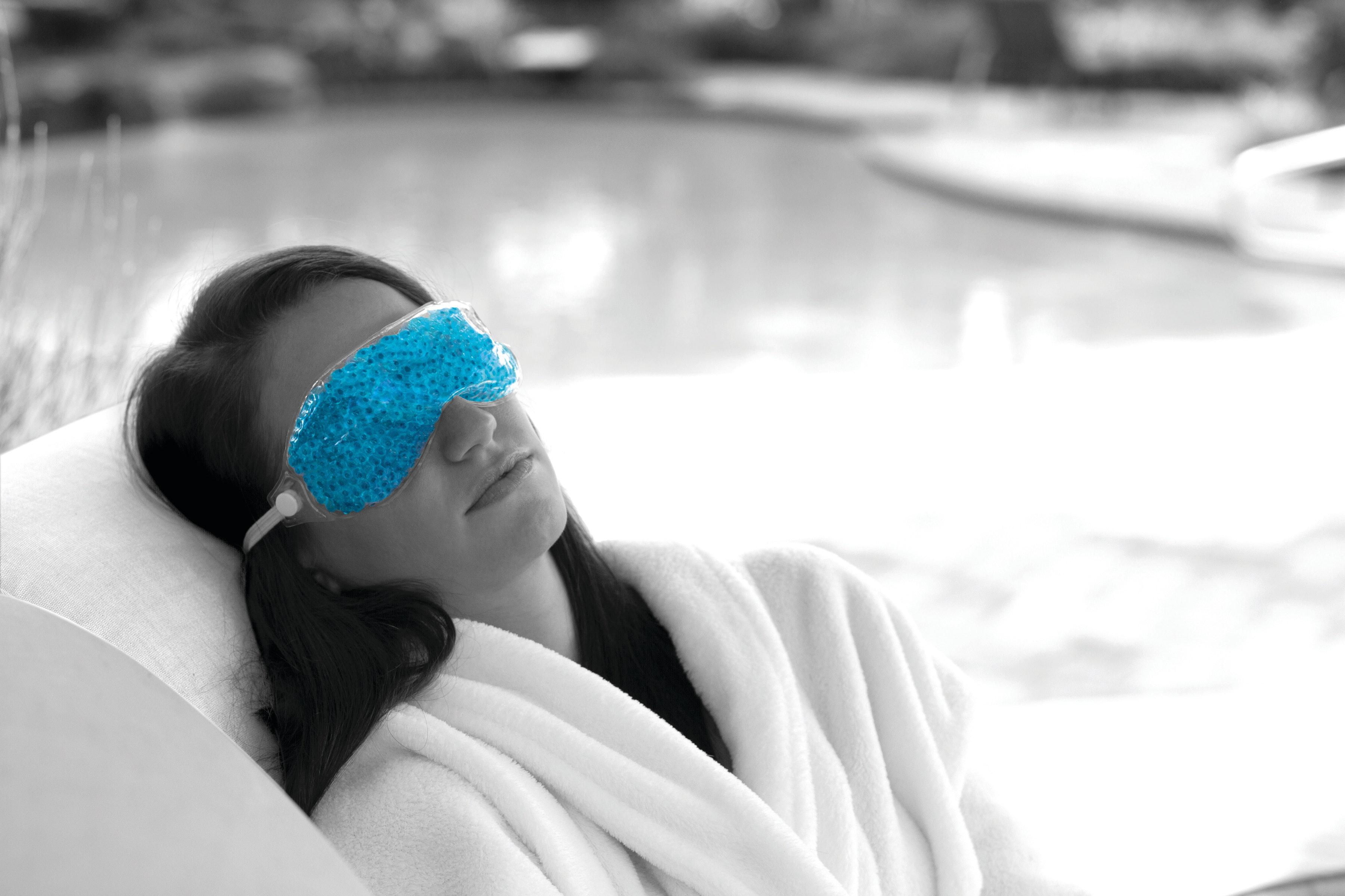Therapearl mask lifestyle image